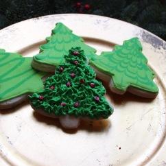 Christmas Sugar Cookies with Royal Icing