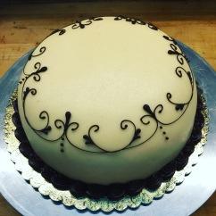 """8"""" Princess Cake"""