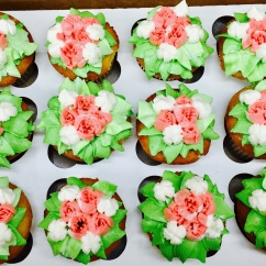Spring Cupcakes with Hand Piped Flowers